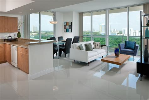 One Bedroom Apartments In Miami Fl by One Broadway Luxury Apartments For Rent In Brickell