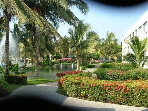 mayan sea garden picture of mayan palace acapulco