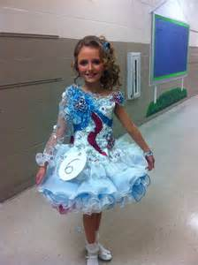 womanless pageant for boys beauty pageant little girls pageant pinterest