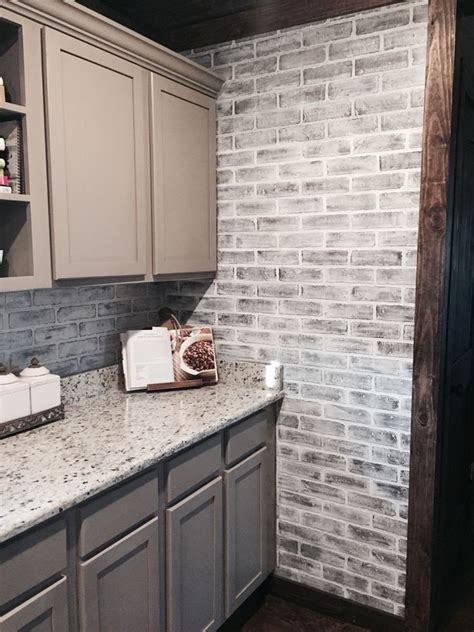 faux brick backsplash in kitchen 102 best brick images on home ideas bricks