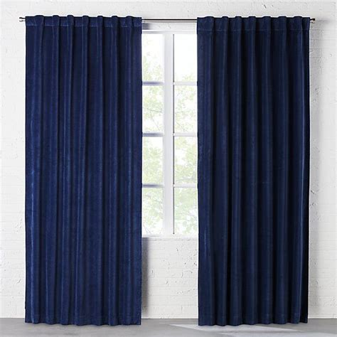 navy blue velvet curtains 1000 ideas about navy curtains bedroom on pinterest