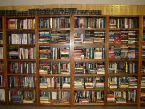 bibliothek regale file book shelves uwi library jpg wikimedia commons