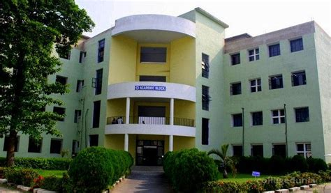 Mba Colleges Calcutta by Calcutta Institute Of Engineering And Management Ciem