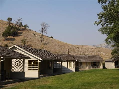 Mammoth Springs Hotel And Cabins Yellowstone National Park Wy by Clean And Sparkly Picture Of Mammoth Springs Hotel
