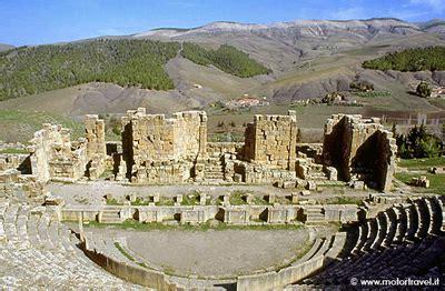 consolato algerino in italia algeria la citt 224 romana di djemila motortravel
