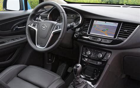 opel mokka interior 2017 probamos el nuevo opel mokka x revista de coches