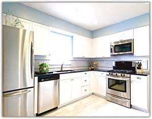 White Kitchen Cabinets With Stainless Steel Appliances Kitchen Design White Cabinets Stainless Appliances Home