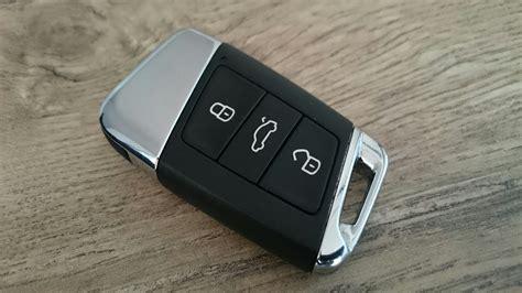 Volkswagen Passat Key Replacement by Volkswagen Key Fob Battery 2017 2018 2019 Volkswagen