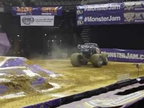 monster truck show memphis tn monster jam truck show youtube