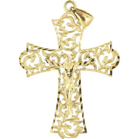 vintage 14 karat yellow gold religious cross pendant