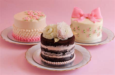 miniature cakes fabulous mini buttercream cakes page 2 desserts corner