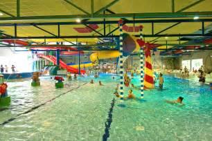 schwimmbad in emden spassbad ferienzentrum schloss dankern