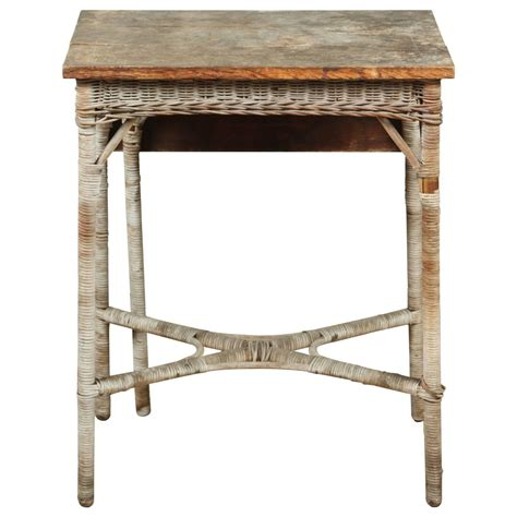 Small Wicker Table by Vintage Wood And Wicker Small Gate Leg Table At 1stdibs