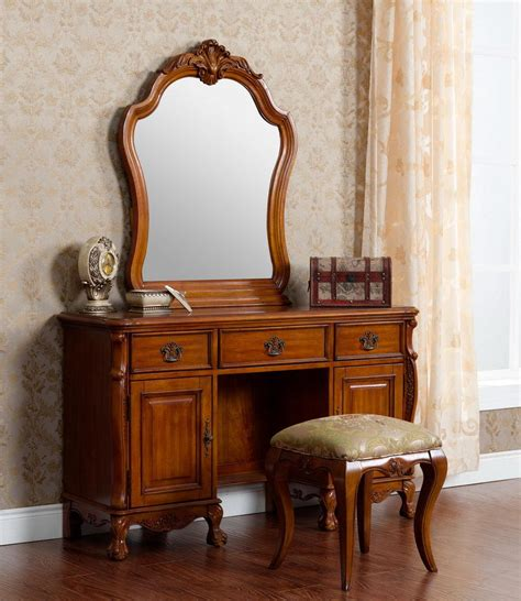 Vintage Bedroom Vanity With Mirror by Vintage Look Antique Oak Dresser With Mirror Built In And