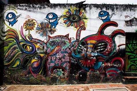 street art tours  bogota colombia