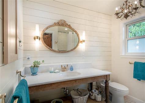 master bathroom  santa cruz beach cottage bord de mer salle de bain san francisco par