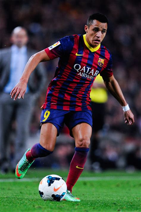alexis sanchez on barcelona alexis sanchez pictures fc barcelona v rayo vallecano de