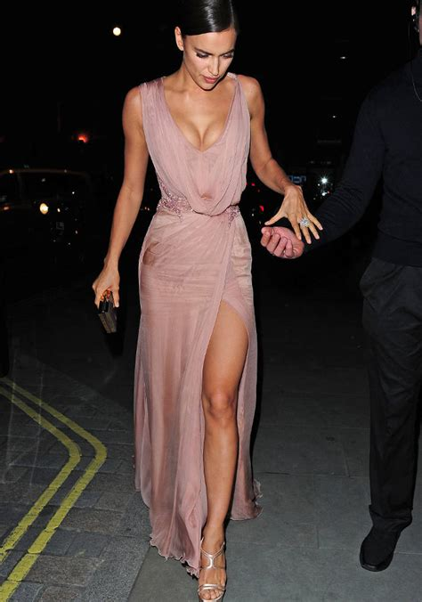 Maxi Longdress Lipat get the look for less irina shayk s plunge dress uinterview