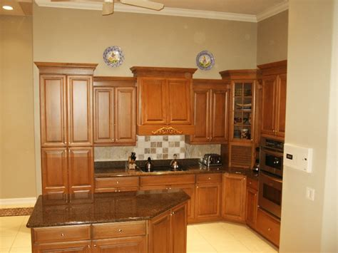 refinish kitchen cabinets white how to refinish kitchen cabinets 10 steps with pictures