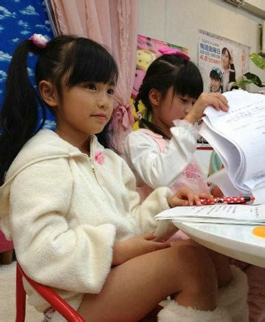 05 Js Thanks 實拍 日本小學女生早熟開放尺度大膽 每日頭條