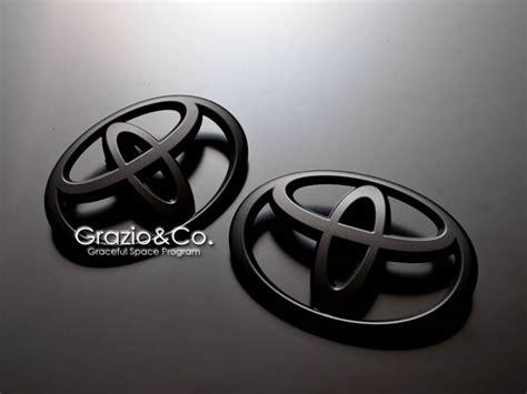 Black Toyota Emblem Matte Black Emblem Set
