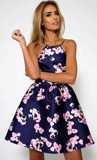 Get The Look Black White Floral Dresses For 100 by Dress Blue Navy Navy Floral Mini Dress Modo Dress
