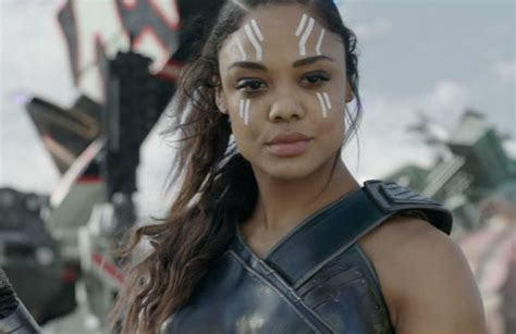 thor film heroine ragnarok actress confirms character valkyrie is bisexual