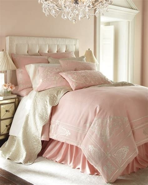 Pink And White Bedroom Decorating Ideas by School Of February 2013