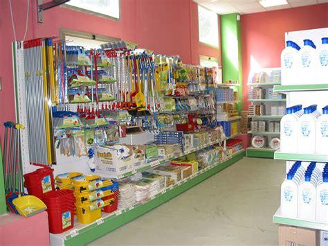 scaffale negozio scaffali negozio alimentari arredamento negozio alimentari