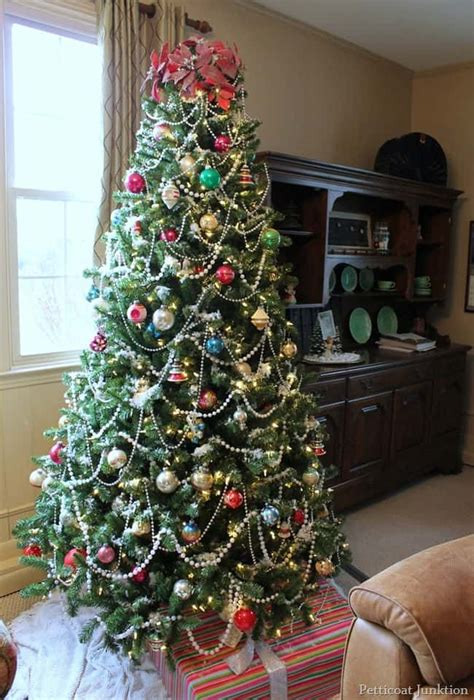 multi color christmas tree decorations clear or multi color tree lights how about both petticoat junktion
