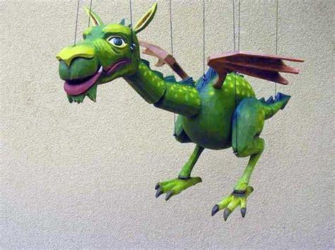 kinderzimmer deko drachen drache marionette puppe drachen