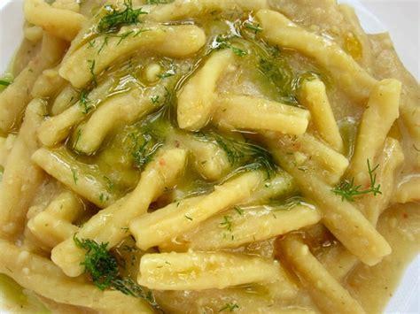 cucinare fave secche ricette pasta con le fave secche ricette casalinghe popolari