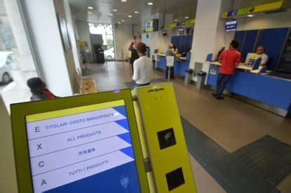 uffico postale bari 2 ufficio postale multilingue gli operatori parlano