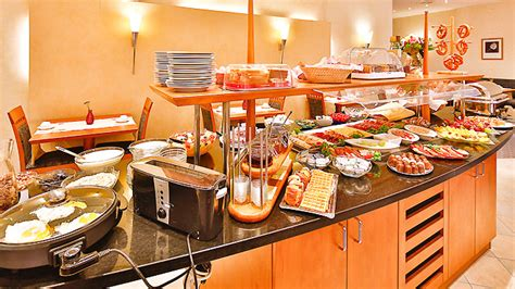 waterford hospitality buffet l fr 252 hst 252 ck hotel pr 228 sident m 252 nchen