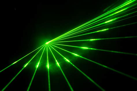 Laser Green Light laser pointer communication system hits 1gbps less error prone than wi fi the verge