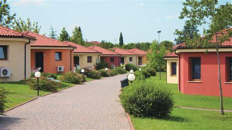 bungalow two section series bungalow bella italia 2 slaapkamers 6 personen