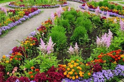 small flower gardens small flower garden design house decor ideas