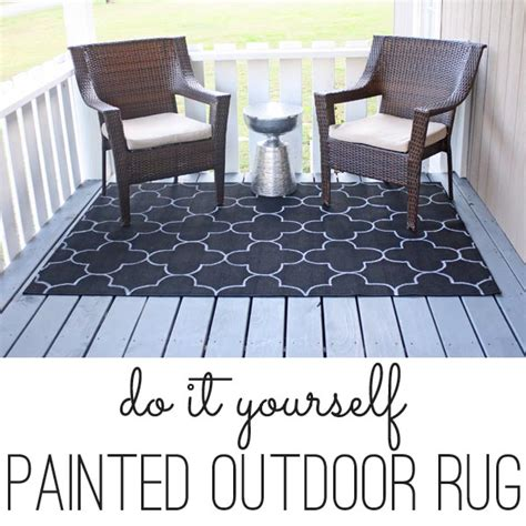 Painting An Outdoor Rug Diy Outdoor Rug With Quatrefoil Pattern