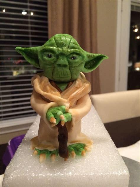 Star Wars Yoda Fondant Cake Topper Cake Design Pinterest Fondant Cakes Cake And Fondant Yoda Cake Template