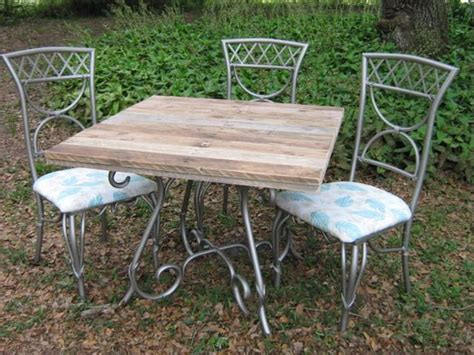 pallet patio table pallet wood top re newed patio table pallet ideas