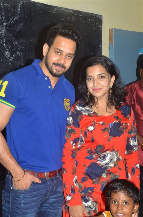 actor bharath latest news picture 1062003 actor bharath with wife jeshly joshua