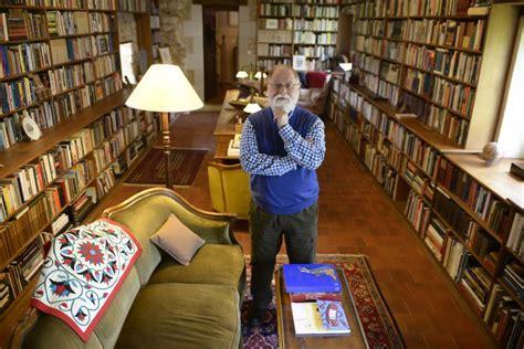 mientras embalo mi biblioteca 8491048693 mientras embalo mi biblioteca de alberto manguel la necrol 243 gica de 35 000 libros babelia