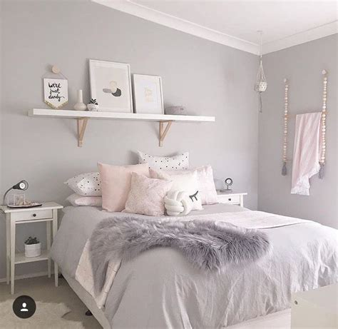 gray white and pink bedroom grey white pink room living romm pinterest 18822 | 75348bc264e4a5a0187bd6014f2b485b