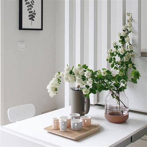 muuto vase muuto s elevated and silent vases makeahome nl