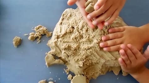 Fan Sanden with kinetic sand waba