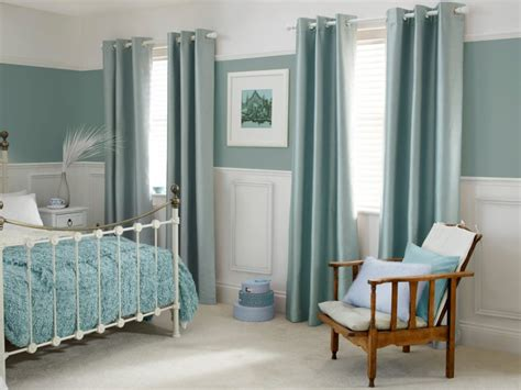 Marvelous What Color Curtains Should I Get #4: Elegant-duck-egg-bedroom-ideas-also-elegant-curtains-and-teak-wood-classic-armchair-also-classic-bedframe-design-also-soft-beige-rug-color-and-unique-jar-ornament-915x686.jpg