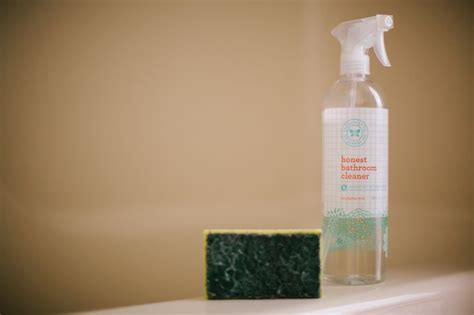 best non toxic bathroom cleaner 31 curated non toxic tuesday ideas by tierneycyanne