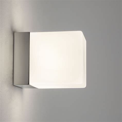 Halogen Bathroom Light 14 Awesome Halogen Bathroom Light Fixtures Ideas Direct Divide