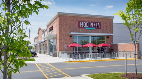 Mod Pizza Corporate Office by Portfolios Archive Banta Cbell Architects