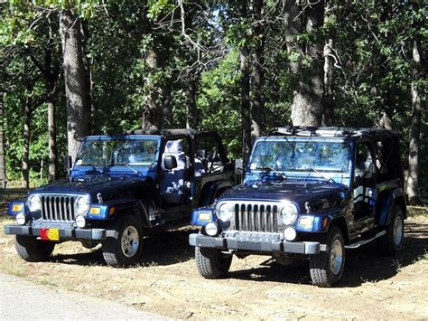 his and hers jeeps his n hers jeep affinity jeeps pinterest